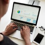 Het uitbesteden van je online marketing: wat zijn de voordelen?